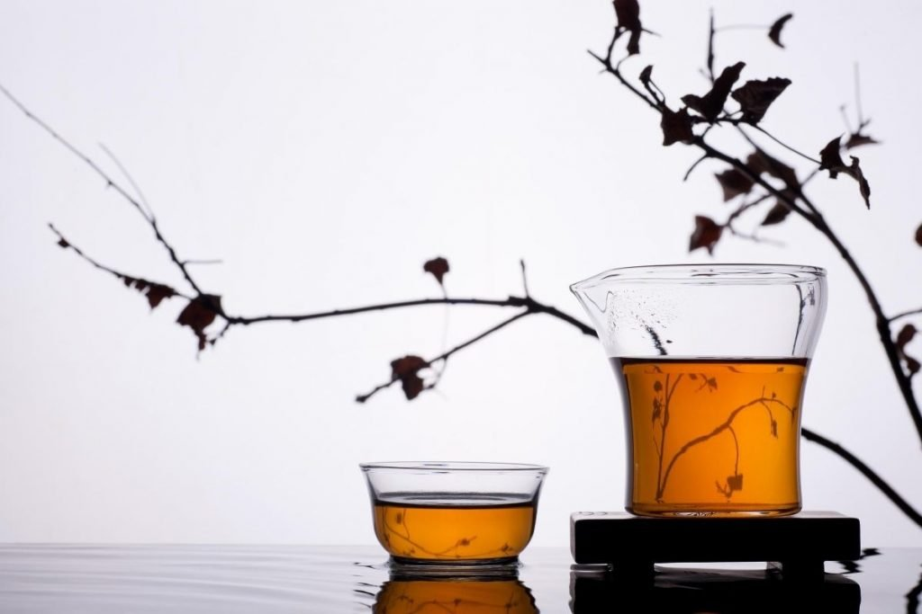 clear glass cup with Oriental Beauty oolong
