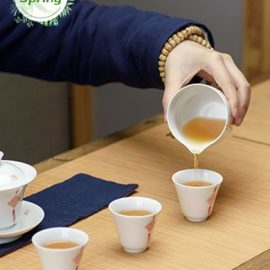 Superfine Taiwan Moderately-Roasted Dong Ding Oolong Tea